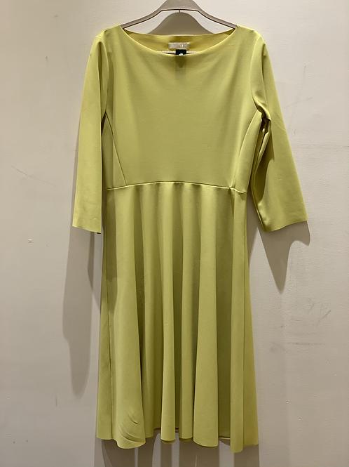 שמלה אורך ברך