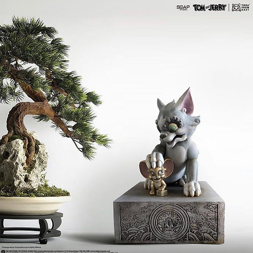 Tik Ka From East x Tom and Jerry  Statue