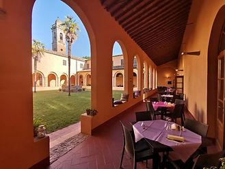 chiostro ristorante 1.jpg