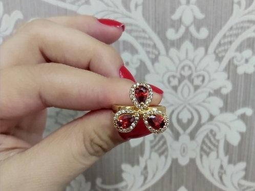 Anel Luxo Gotas Vermelhas com Zircônias Cravejadas