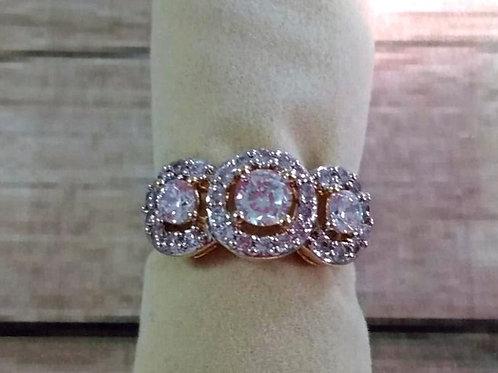 Anel Luxo Círculos Cravejados com Zircônia Cristal