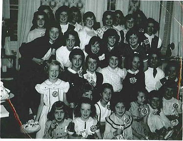 Girls Club 1950s.jpg