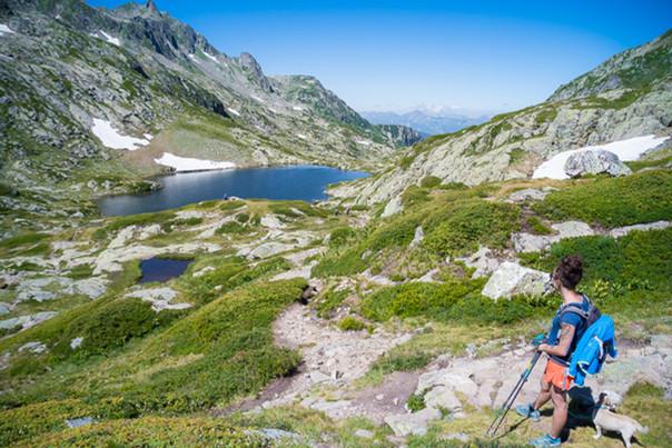 photographe outdoor - randonnée Savoie - lac tempête