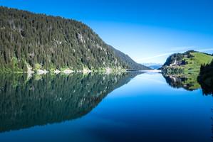 photographe outdoor - randonnée Savoie - barrage de Saint Guerin