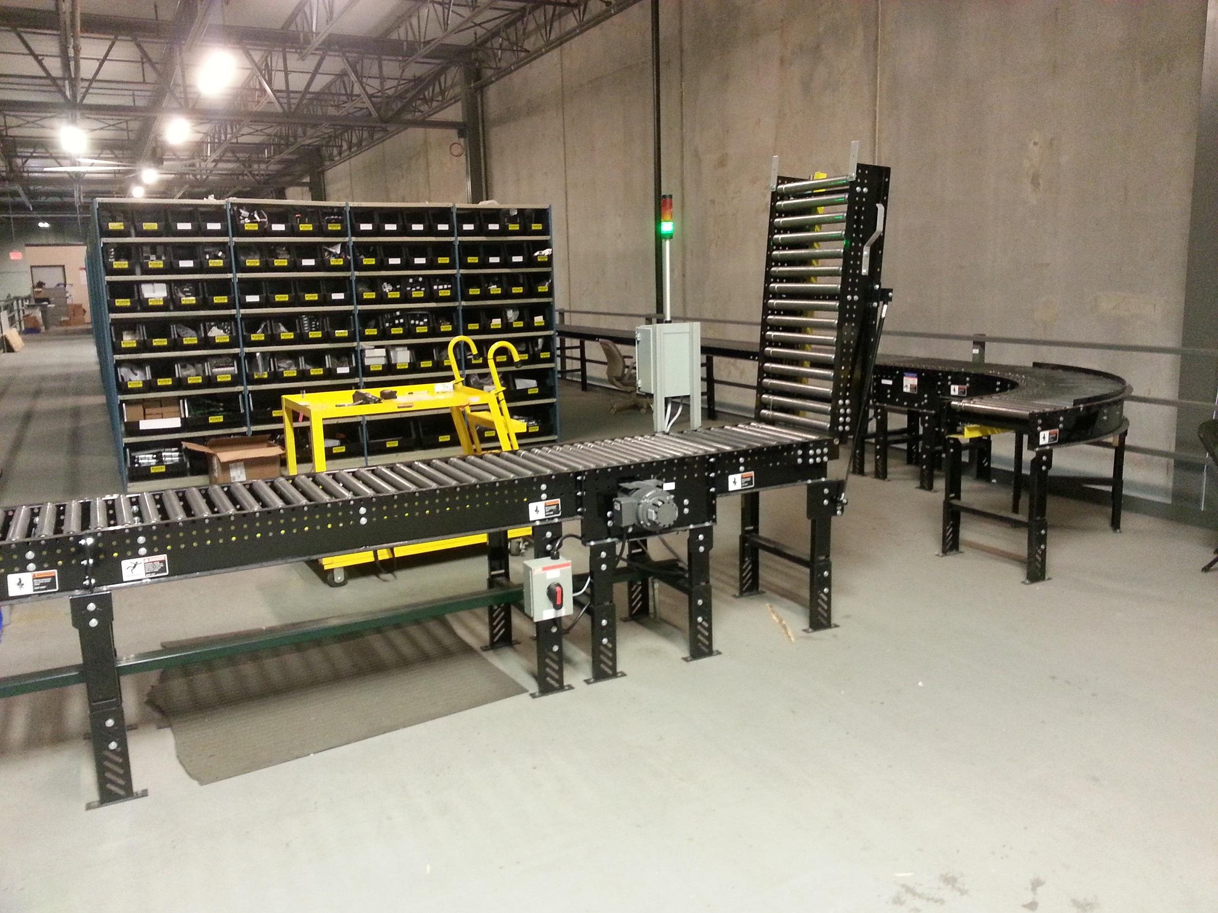 Lineshaft Conveyor Lift Gate