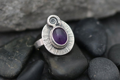 Ammonite and Amethyst Ring (Oval)