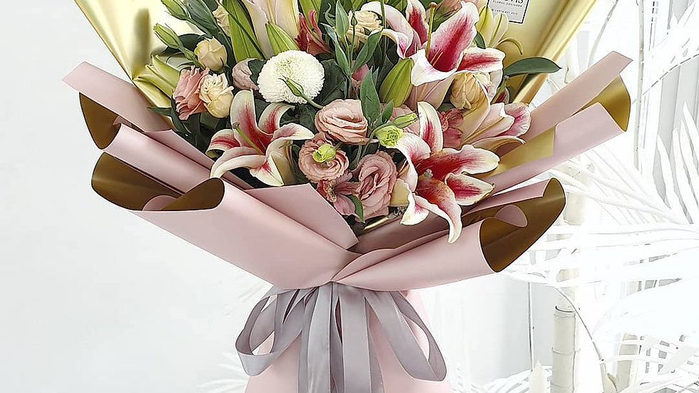 Lily Bouquet001
