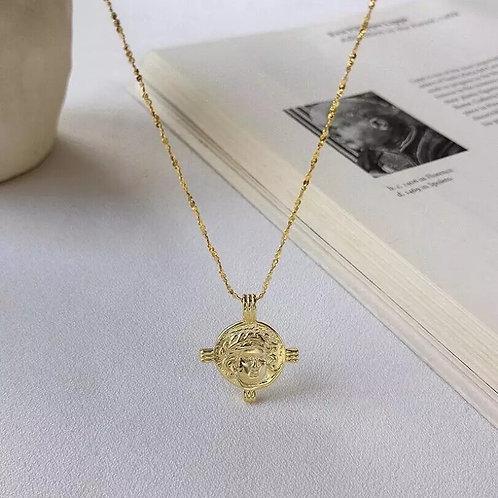 Gold Caesar Soveriegn Pendant Necklace
