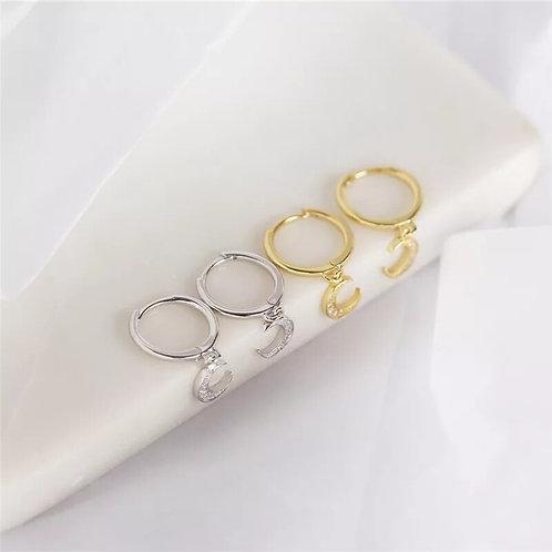 Huggie Earrings with Moon charm - Gold
