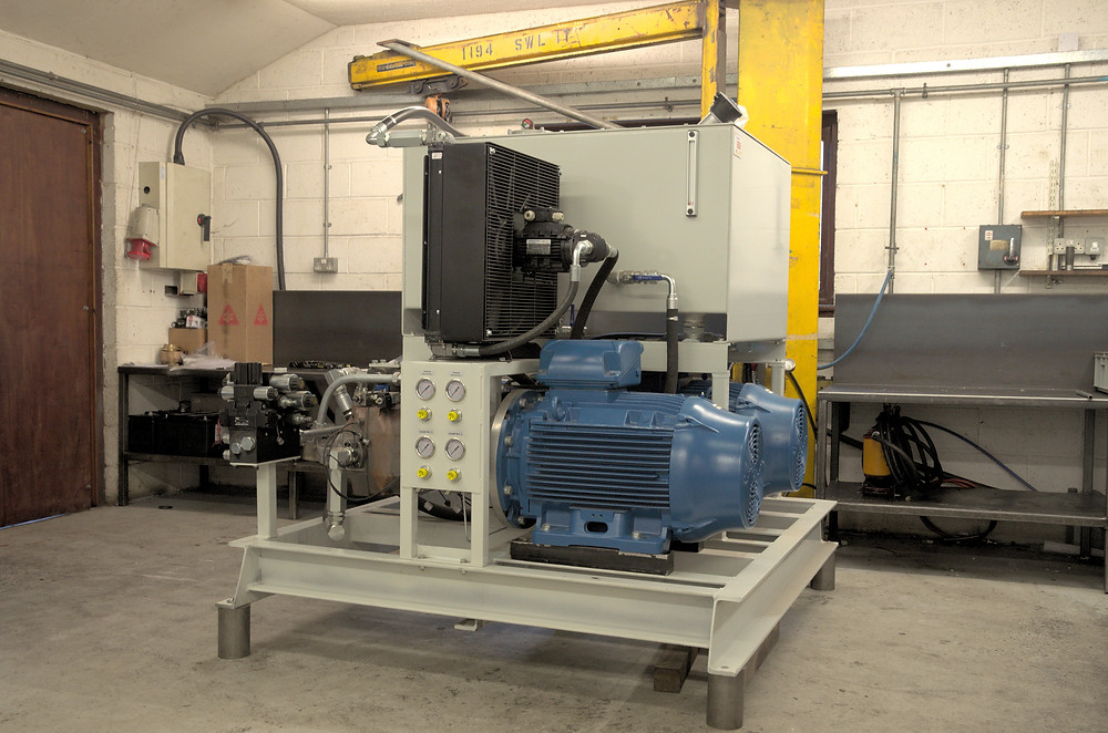 Hydraulic Power pack, designed and manfactured by Derek Lane & Co, in for a service in Exeter