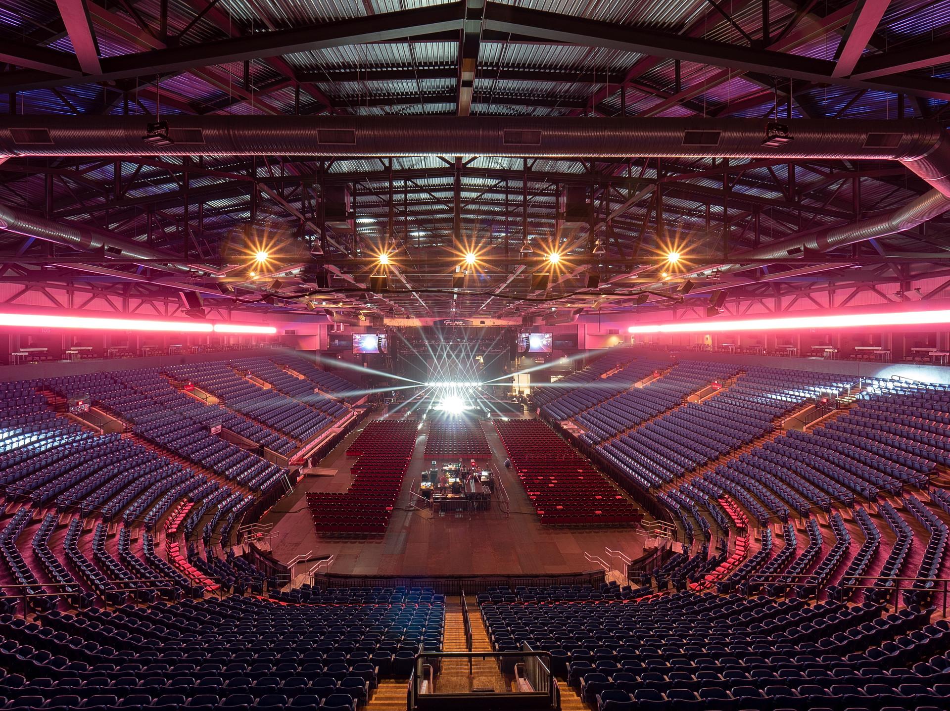 Grossinger Motors Arena Concert