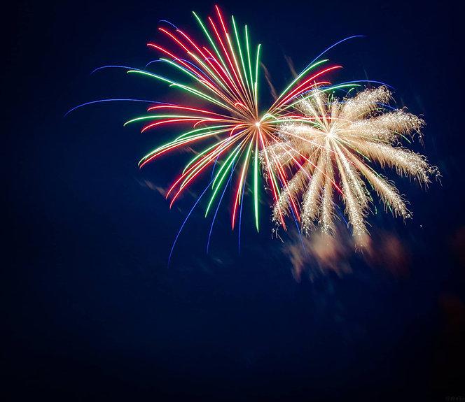 Firework-Display-Companies-Wiltshire.jpg