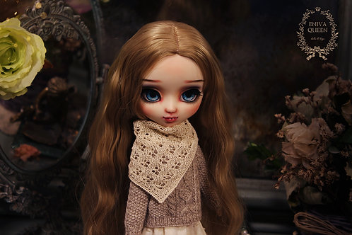 Openwork shawl for Pullip, Blythe. Milky color