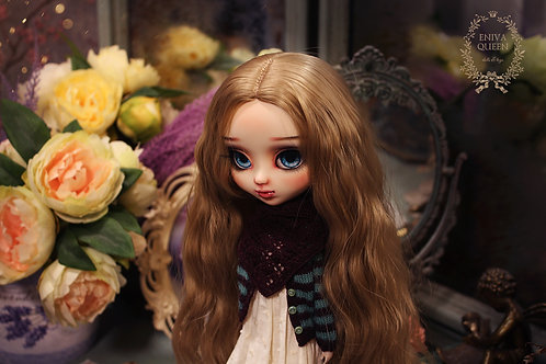 Shawl with rhombus pattern for Pullip, Blythe. Burgundy color