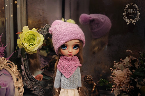 Knitted openwork hat for Pullip, purple color