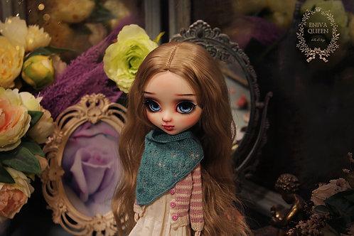 Openwork shawl for Pullip, Blythe. Dark mint color