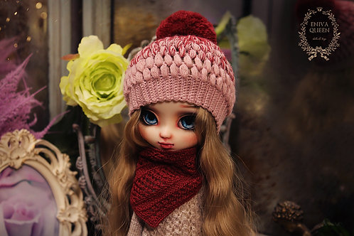 Pink-red hat for Pullip