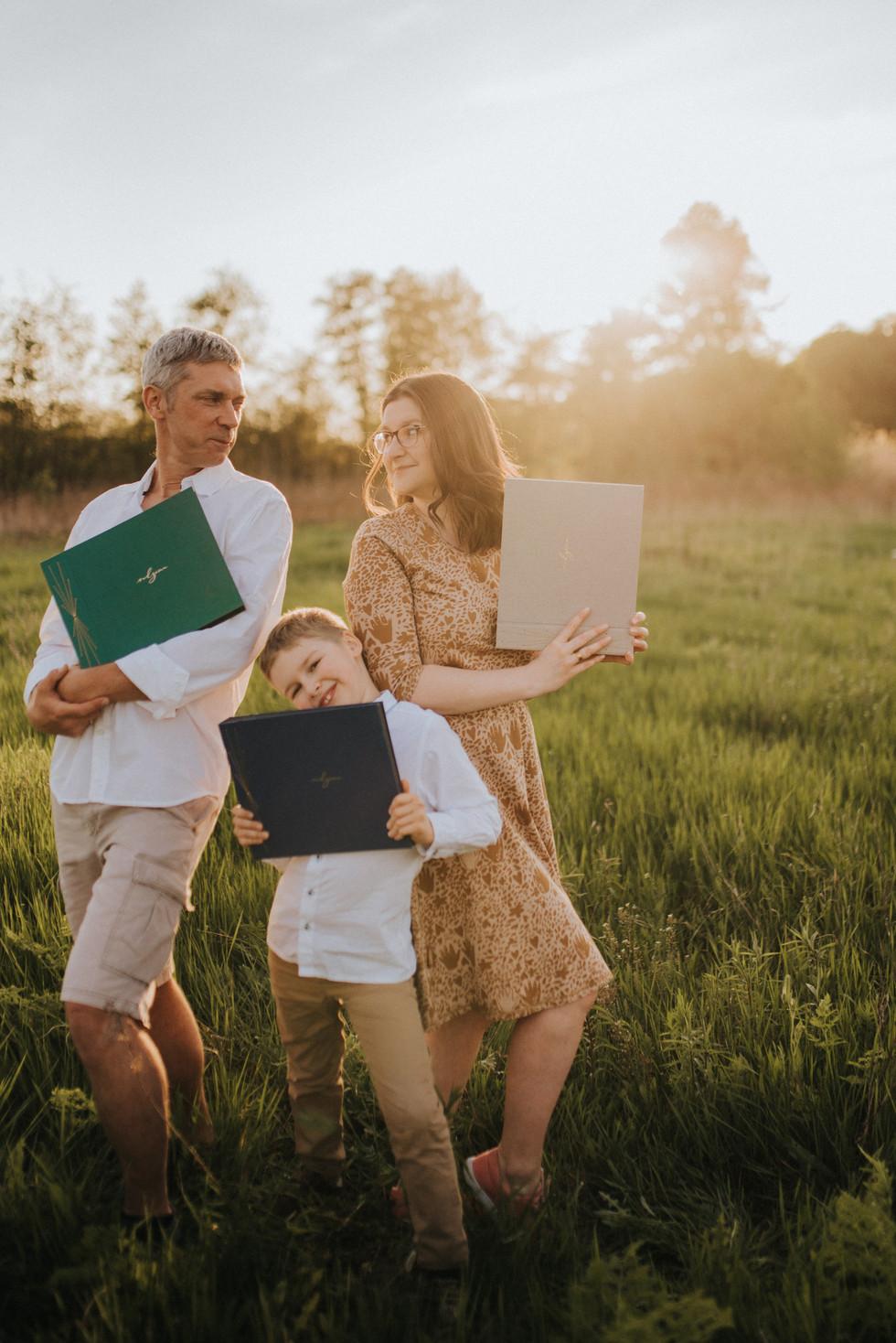 Rodzina- papierowe sztuki- 121.jpg