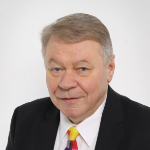 Mr. Seppo Remes  Co-Founder and Chairman of the Board, EOS Russia