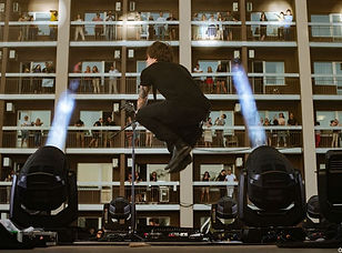o-torvald-vertical-concert-kyiv-hotel.jp