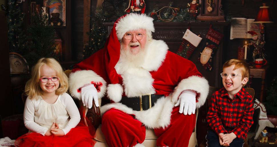 Santa Twins Christmas Mini Session