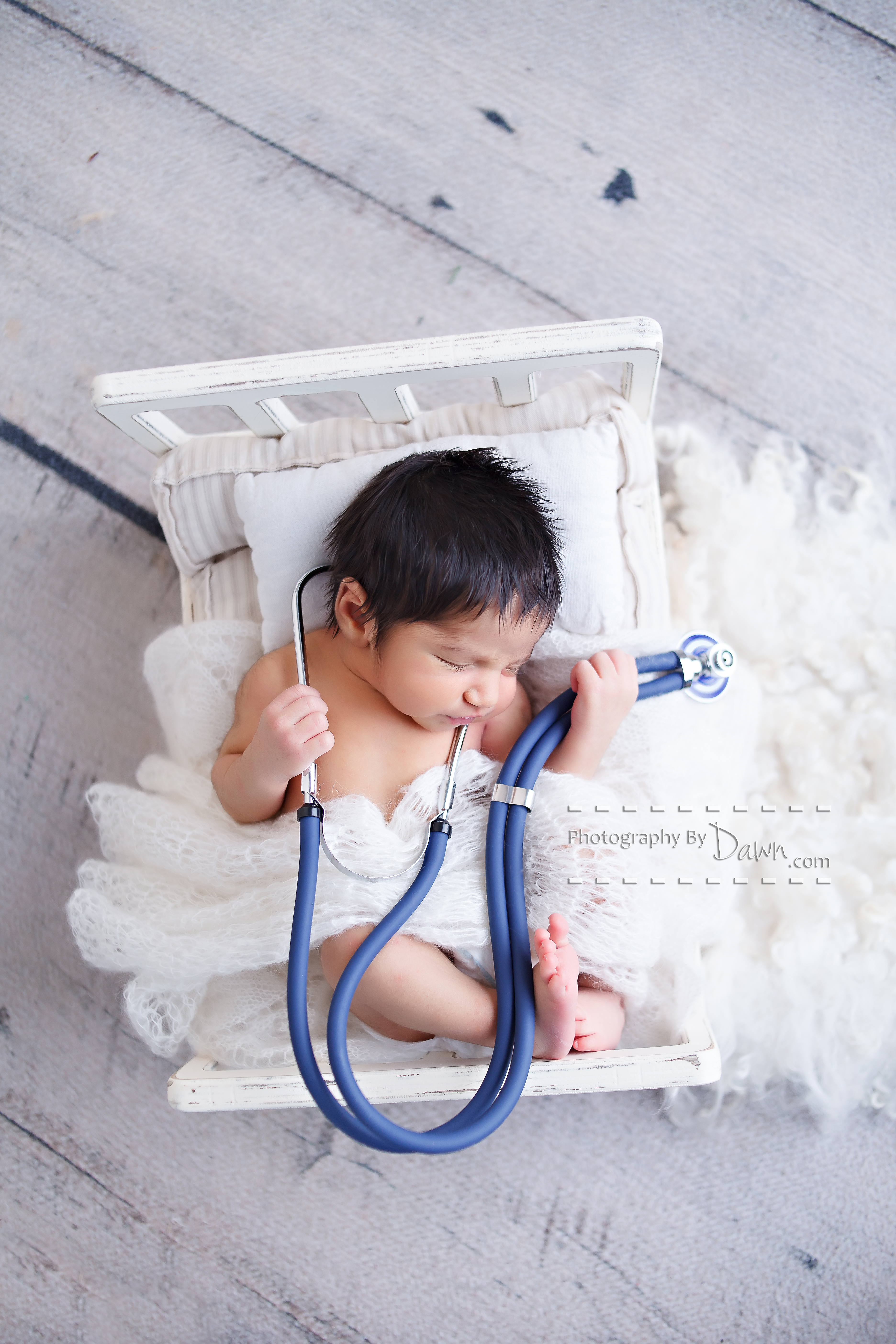 Newborn photographyToronto
