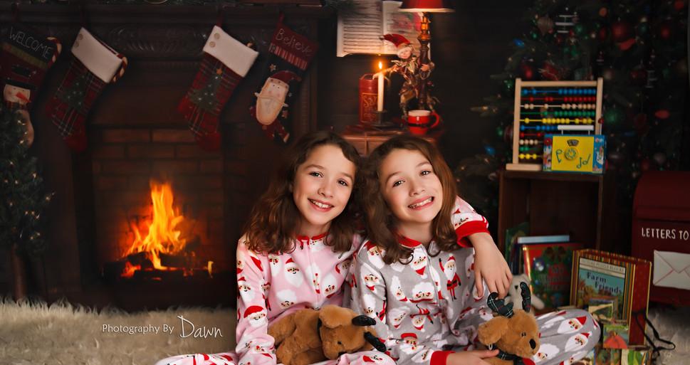 Family Twin Christmas Photos