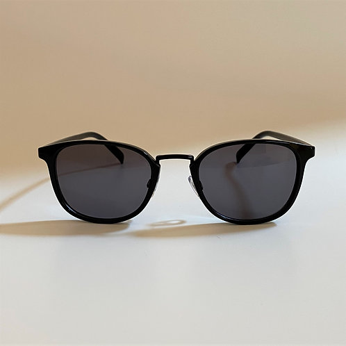 5044 BlackSunglasses / Smokeレンズ