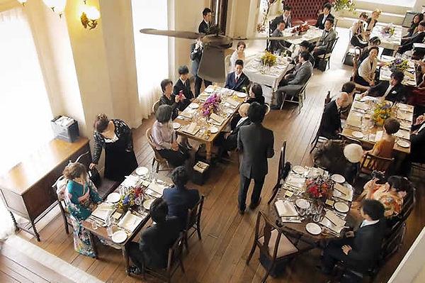【第一部】 ゲスト参加型の人前挙式と、アットホームな披露宴