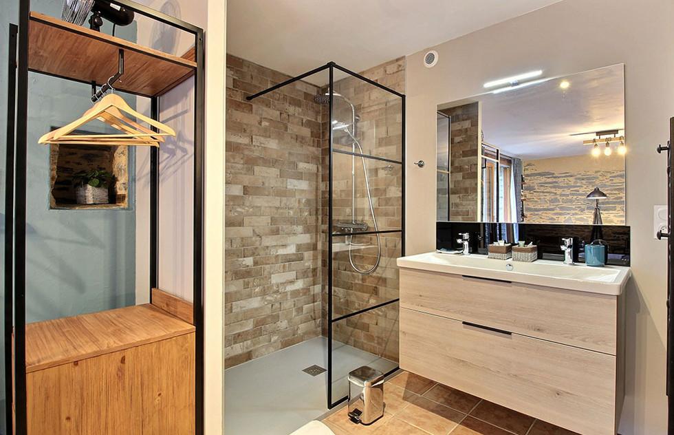 chambres-spa-nantes-industrielle-longere