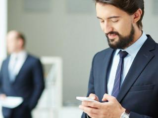 Guia de etiqueta para lidar com o chefe nas redes sociais