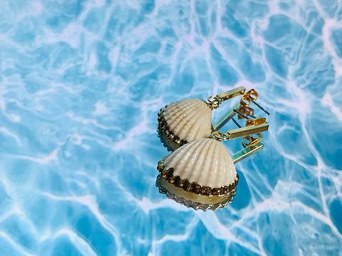 Gouden oorbellen met schelpjes