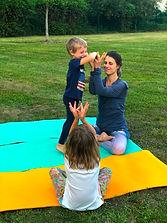 Photo Yoga Famille.jpg