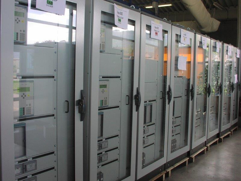 Câblage d'armoires électriques | COMATEL