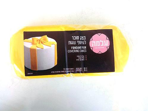 בצק סוכר צהוב