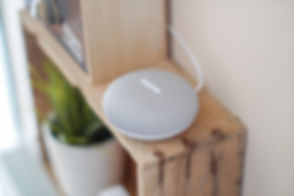 gadget-google-assistant-google-home-1072