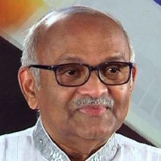 Dr M V Pillai
