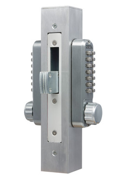LD900 Fitted with 2430DS Keyless Door Lock