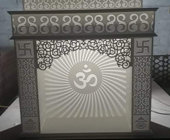 Om Decoration Stand