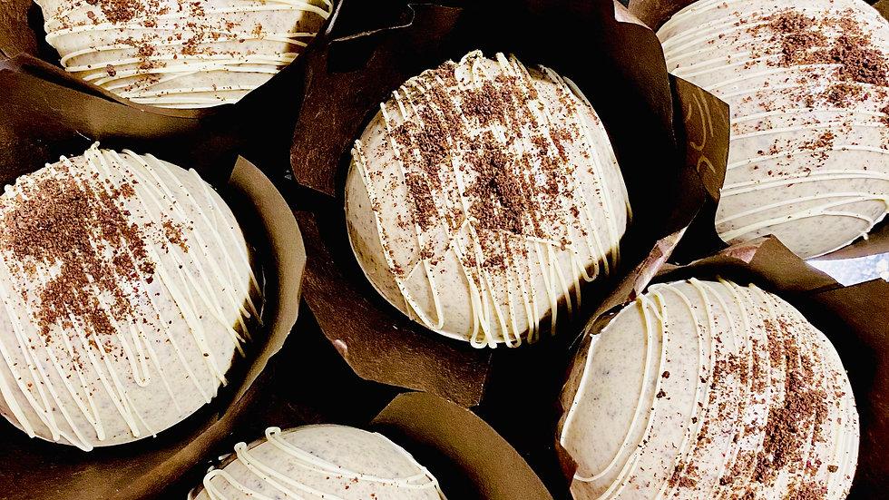 Cookies & Cream                   Hot Chocolate Bomb