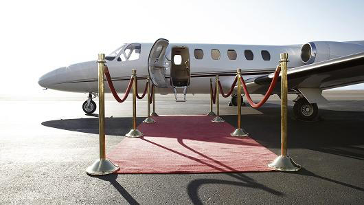 Chartering Private Jets