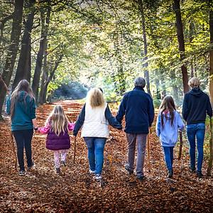 Family autumn photoshoot