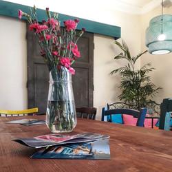 kavárna v HAvaně  váza