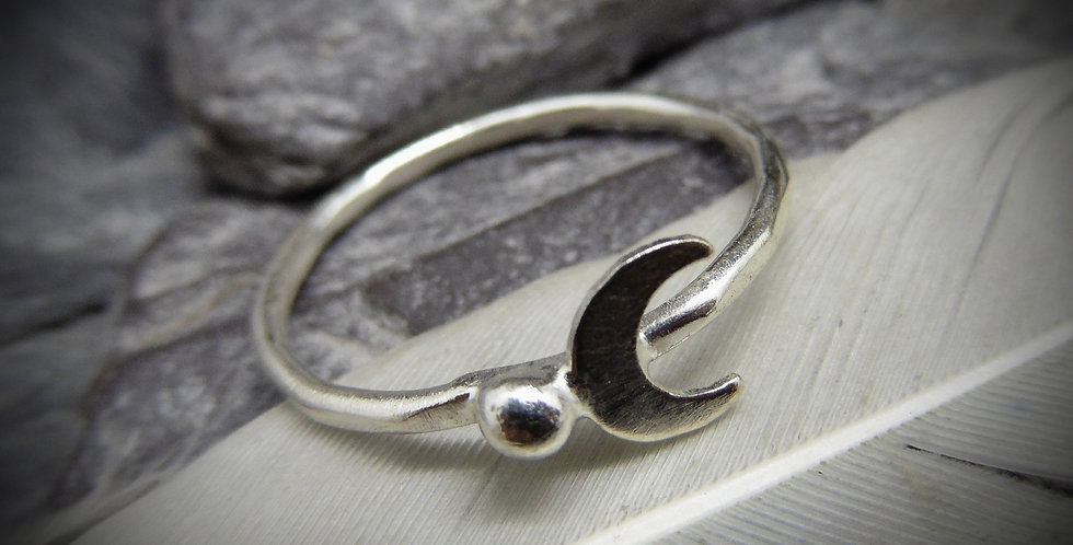 Simplistic Sterling Silver Cresent Moon Ring
