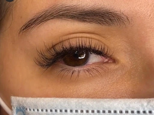 Natural Classic Eyelash Extensions