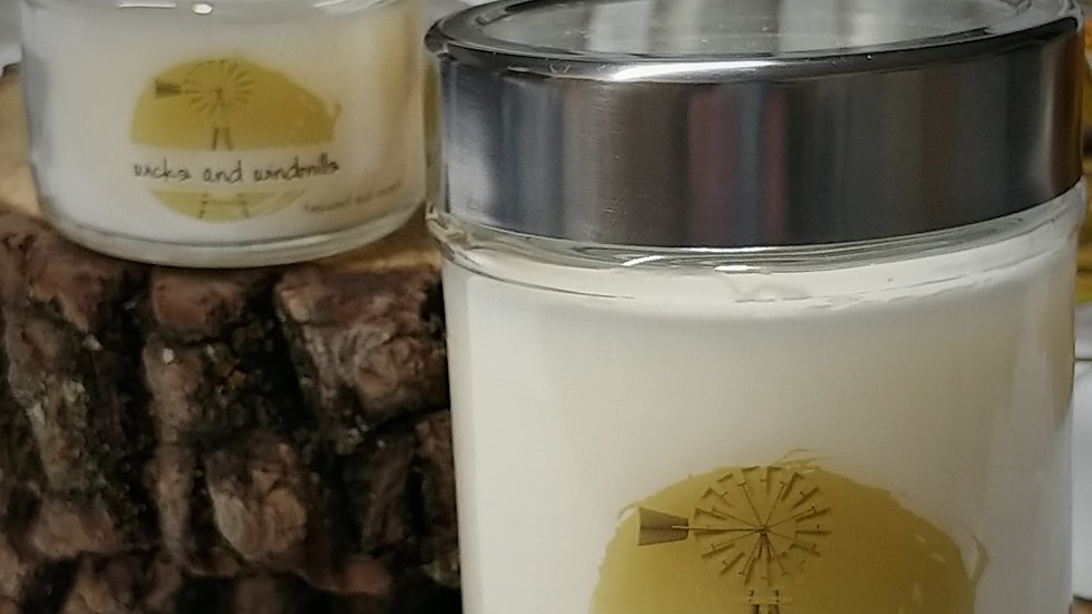 Teakwood & Coconut - Hand Poured Candles