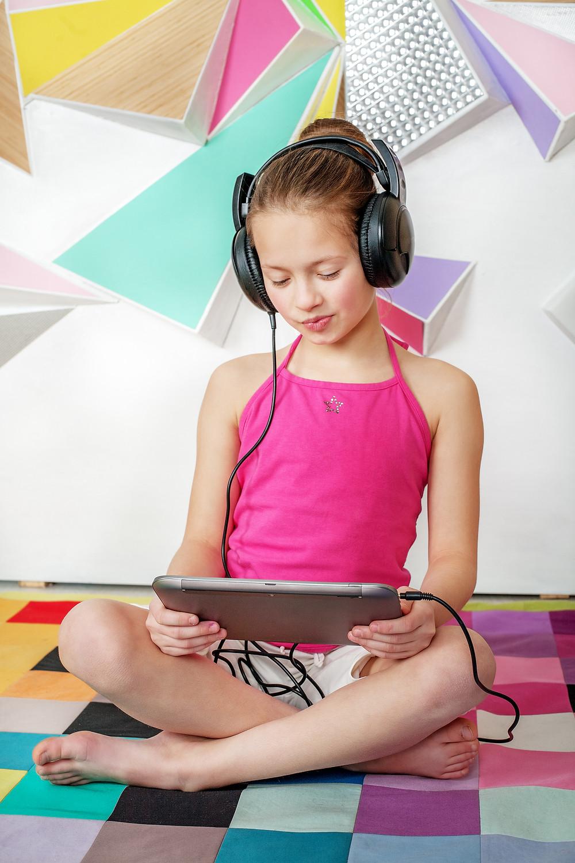 child listening to books on audio