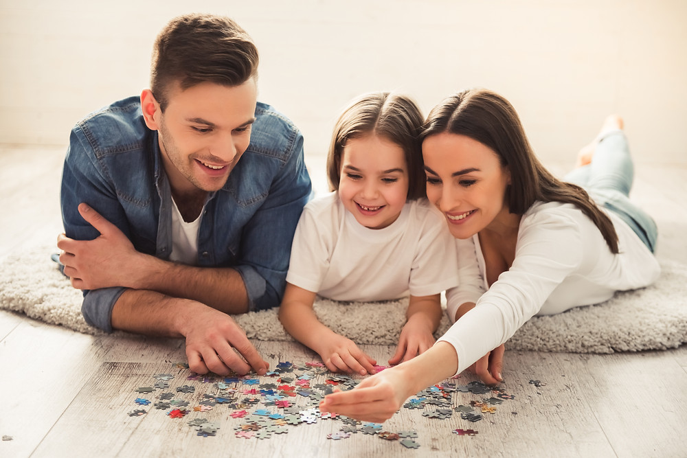 Family bonding over puzzles
