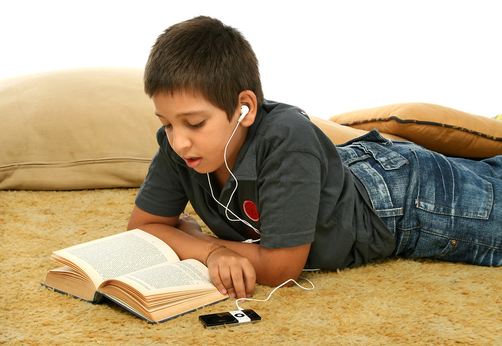 educational therapy student listening to audiobook