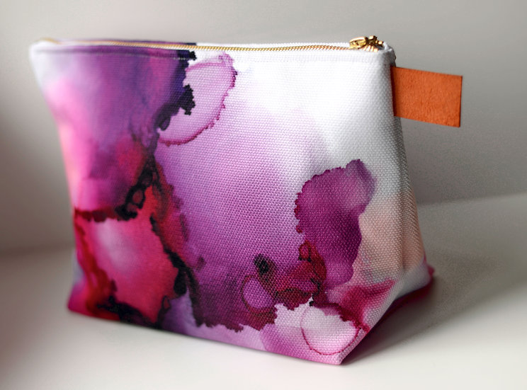 """Dreamer - 12"""" Carry Pouch"""